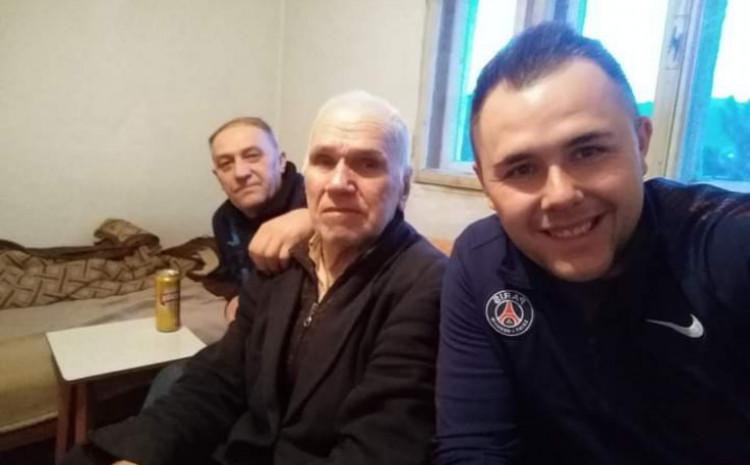 Pero Kalfić s unukom Robertom