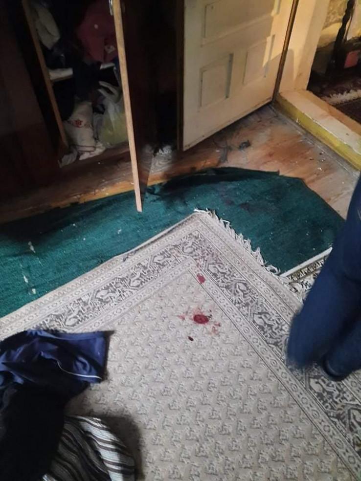 Tragovi krvi u kući penzionera
