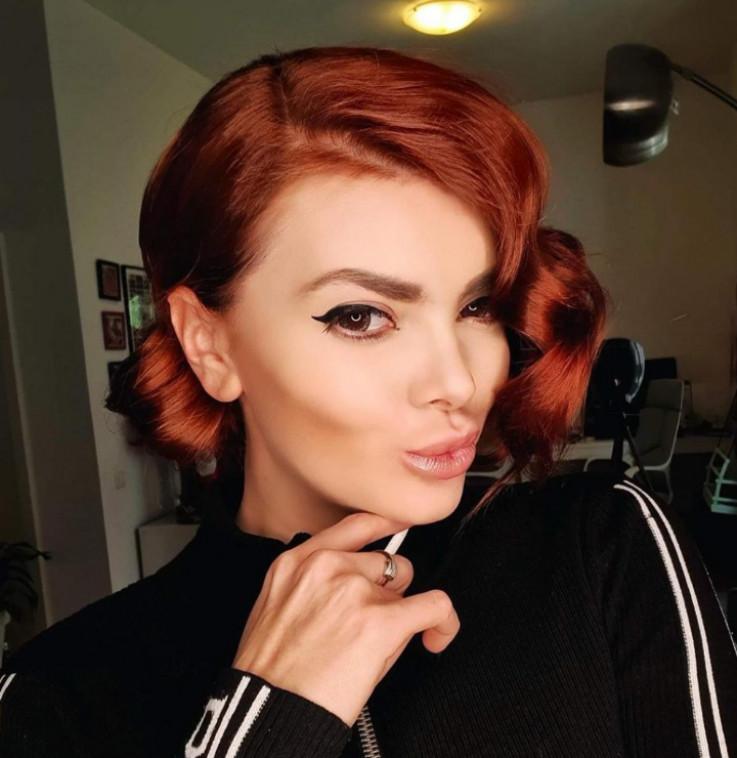Ella Dvornik