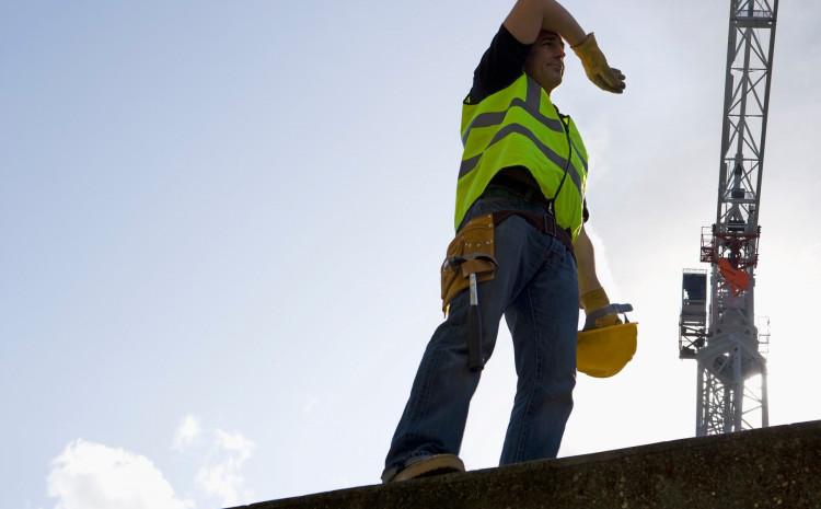 Radnici na građevini izloženi su visokim temperaturama