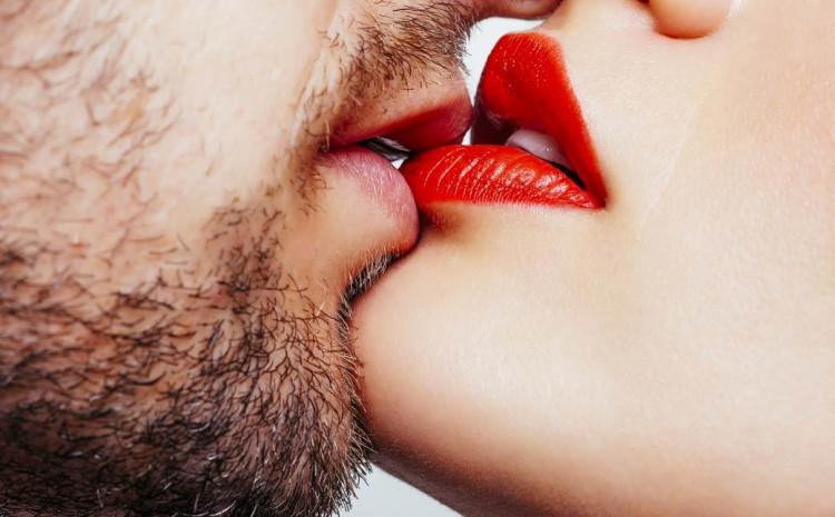 Poljubac ojačava odnos dvoje ljudi koji se vole