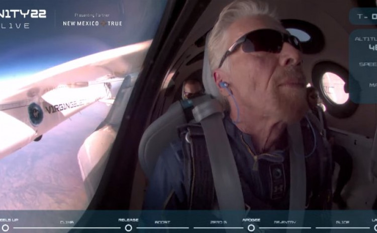 Richard Branson poletio u svemir