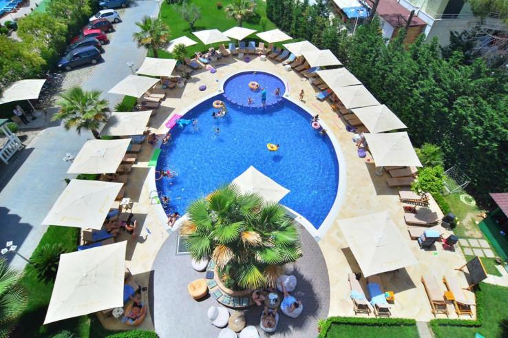 "Hotel ""Sandy Beach Resort"" idealan za porodični odmor"