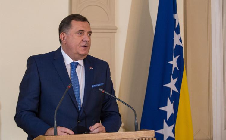 Dodik: Nije sporan izgled zastave