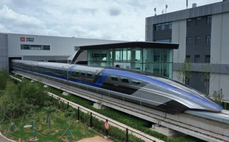 """Najnovije tehnološko dostignuće Kine: Brzi voz """"Maglev"""""""