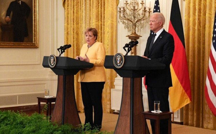 Angela Merkel i Džo Bajden