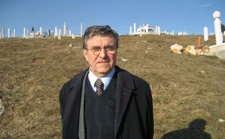 Dr. Robović preminuo u 85. godini života