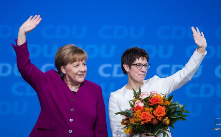 Merkel: Odlazi s funkcije kancelara