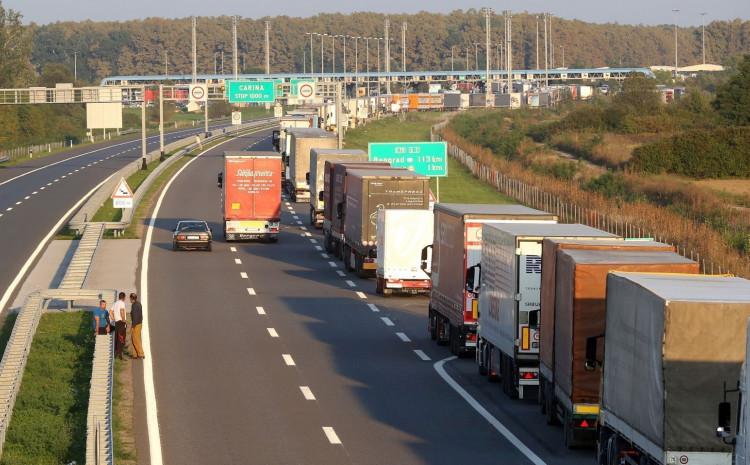 Predviđeno uvođenje specijalnih traka za kamione iz  regiona