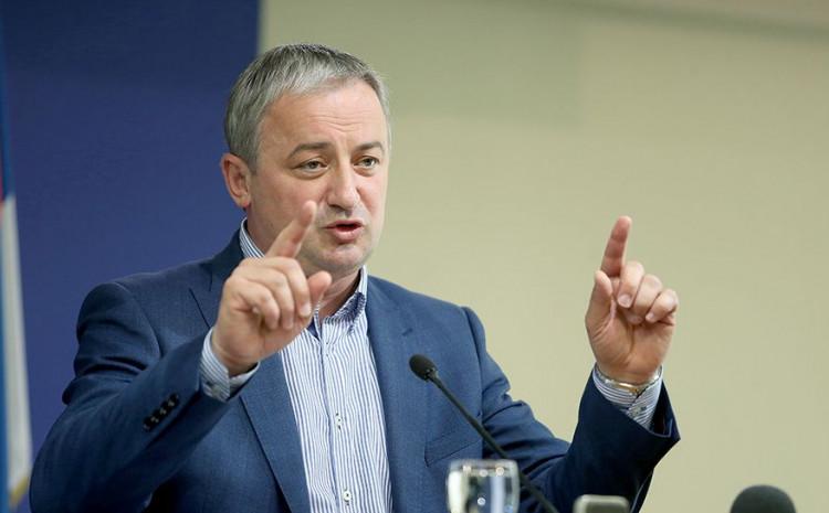 Branislav Borenović: Incko je nanio štetu, kako ima iobraza da ide kući a BiH ostavlja u problemima