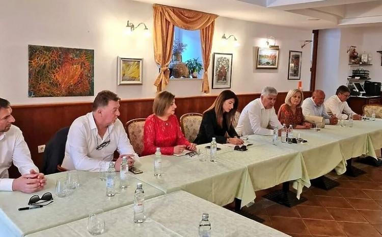 Sastanak Plenkovića i Čovića
