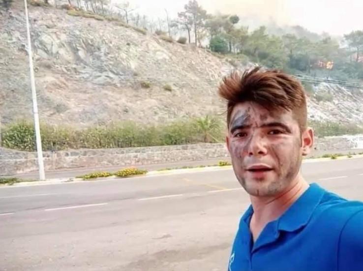 Akdemir je radio u sektoru turizma, a ekipama na gašenju požara motociklom je dovozio vodu