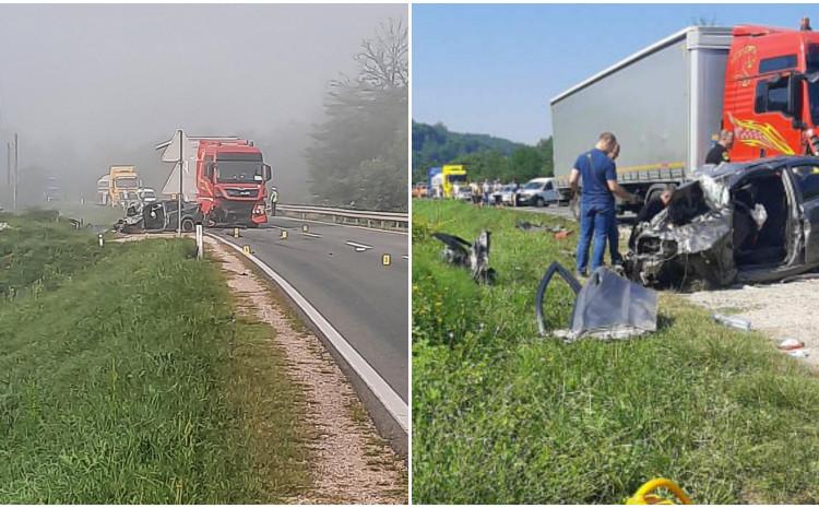 U stravičnoj nesreći dvije osobe stradale, dok je treća prevezena u Kantonalnu bolnicu Zenica