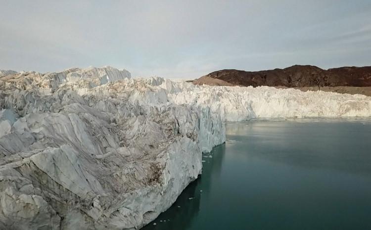 "Grenland doživio ""masovno"" otapanje leda"