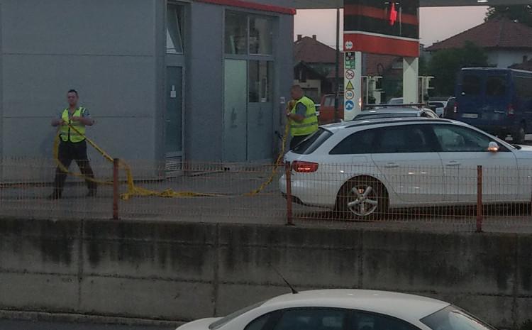 S lica mjesta: Muškarac pronađen mrtav u automobilu