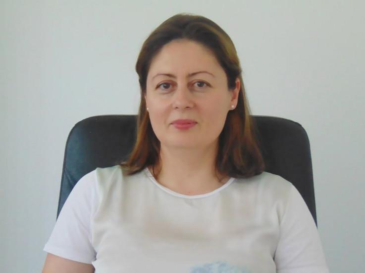 Aida Pendek