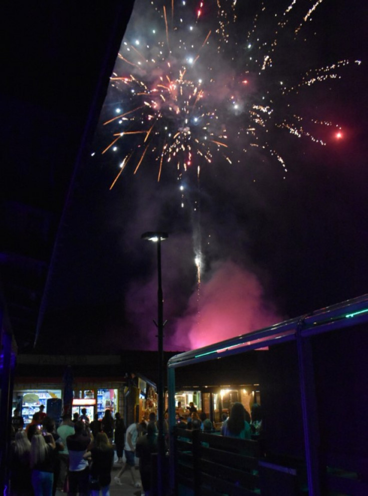 Vatromet na otvorenju festivala