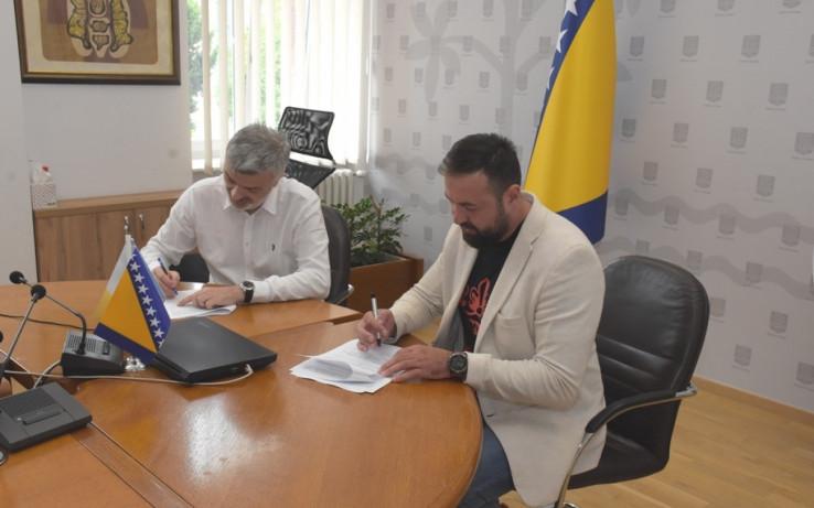 Sa današnjeg potpisivanja ugovora