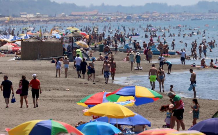 Velika plaža: Povrijeđeno troje Srbijanaca