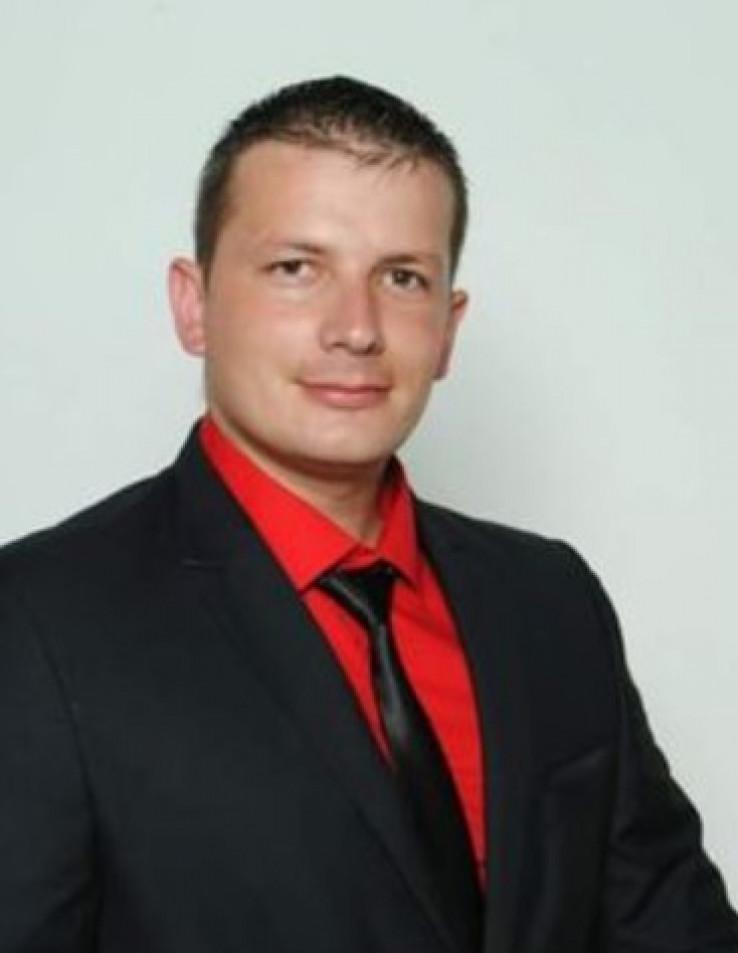 Aleksandar Sladoje: Vidio sam kada mi je drug pao i nisam dao da ga šutaju
