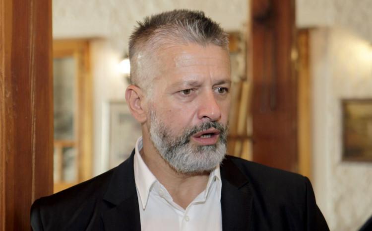 Orić: Više hiljada srbijanskih vojnika je prelazilo Drinu i ubijalo sve pred sobom