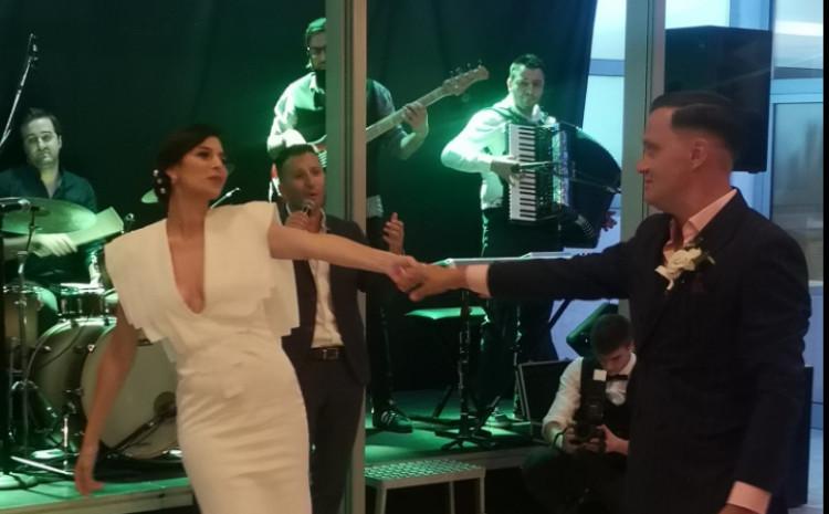 Amina Malagić i Dino Šukalo: Ples mladenaca