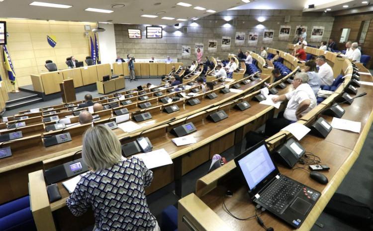 Članovi Kolegija Doma naroda FBiH se sastali sa predstavnicima privrednika: Šta su moguća rješenja?