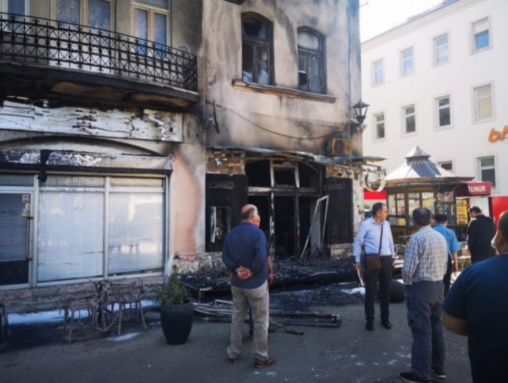 U Mostaru zapaljen kafić