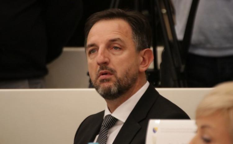 Mahmutović: Ne smijemo dozvoliti da se potrage obustave