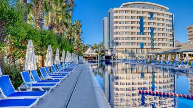 Antalija privlači veliki broj turista