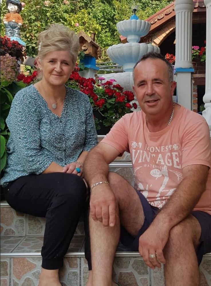 Bračni par Hurtić: Uživaju u ljepotama svog dvorišta