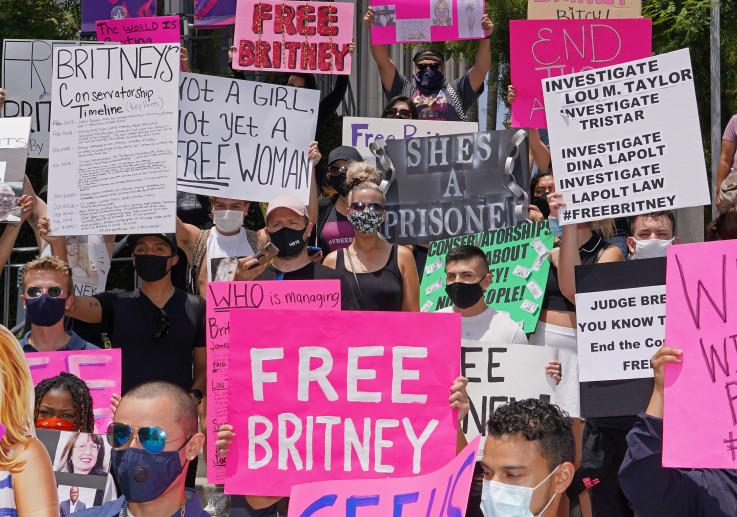"""Fanovi su organizirali proteste pod nazivom """"Free Britney"""" širom SAD"""
