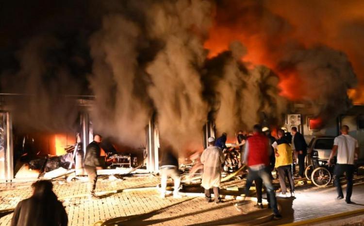 Vatrogasci ulazili u vatru da bi spasili živote