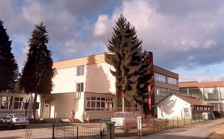 Osnovna škola Turbe: Velika tuga
