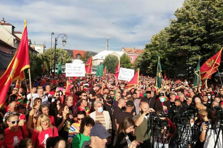 Mnošto građana okupilo se na Cetinju