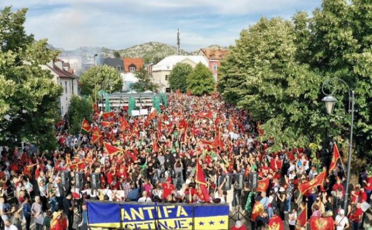 Masovno okupljanje na Cetinju