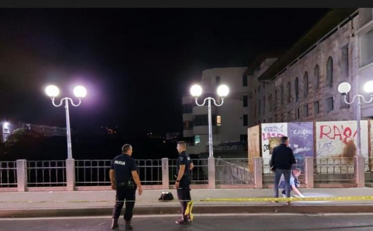 Policajci izuzeli tragove