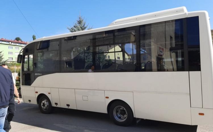 Korisnici dobili minibus