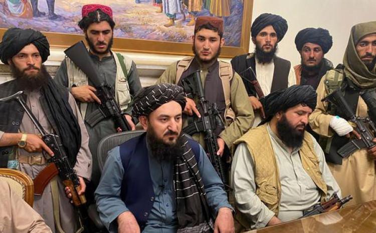 Talibani negirali sukobe