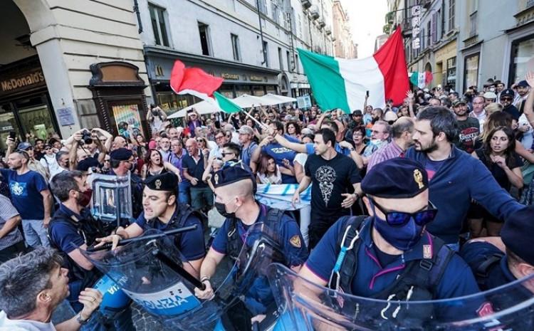 Italija bi tako mogla postati prva evropska zemlja u kojoj će covid-propusnica biti obavezna za sve radnike