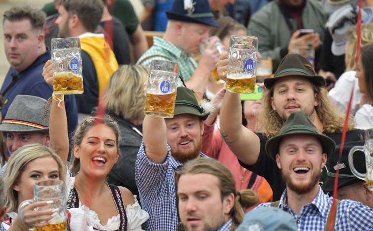 Uživat će u pivu, ali uz distancu