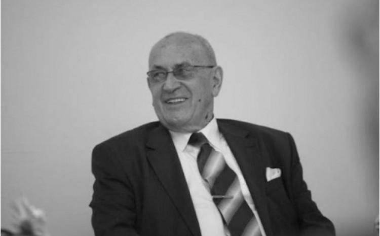 Profesor Šefkija Čekić preminuo danas