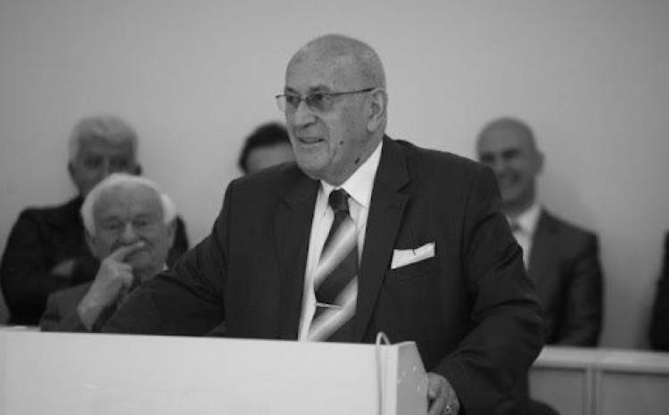 Profesor dr. Šefkija Čekić preminuo jučer