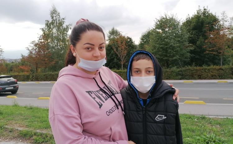 Akmedina Semanić sa dječakom Benjaminom