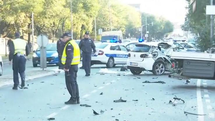 Zbog nesreće blokirana je jedna saobraćajna traka