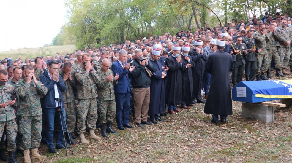 Rodbina, prijatelji i brojni građani oprostili se od Hasanović