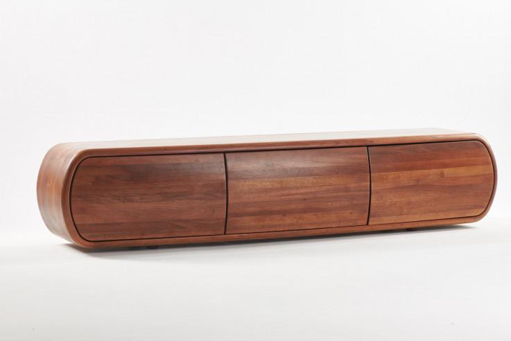 Najskuplji komad koji izrađuje Artisan je komoda WU poznatog dizajnerskog studija Pang iz Bergama