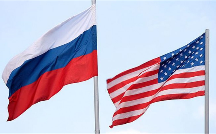 The diplomat said the problems of granting visas to officials along with difficulties in the work of the diplomatic missions of the two countries were topical at the meeting