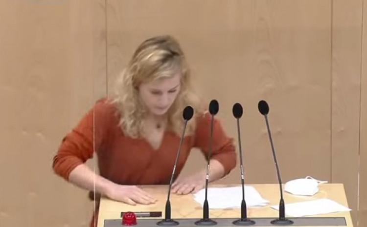 Eva Maria Holclajtner