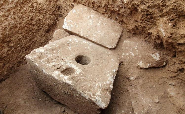 Izraelski arheolozi su otkrili rijetki prahistorijski toalet